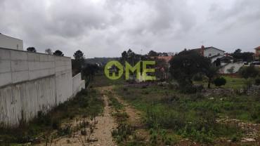 Terreno para construção de uma habitação, em Fátima